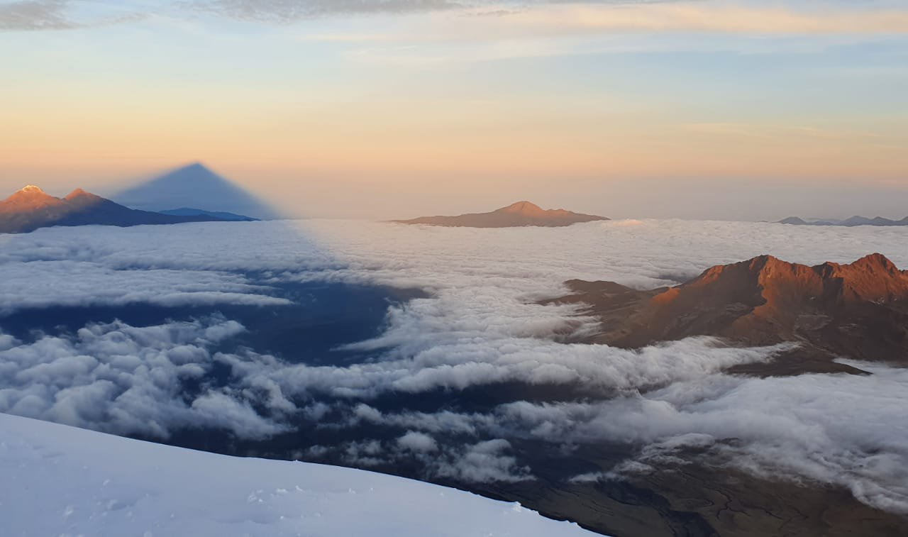 © Rémi Philippe 10-2020 - Du sommet du Cotopaxi