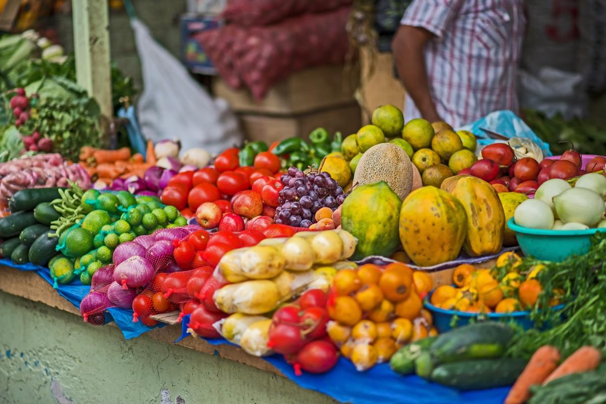 ecuador-marché-fruits-plats-gastronomie