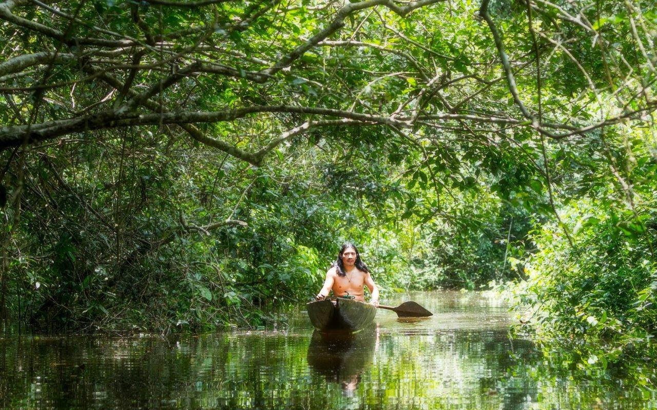 En pirogue en Amazonie - voyage equateur
