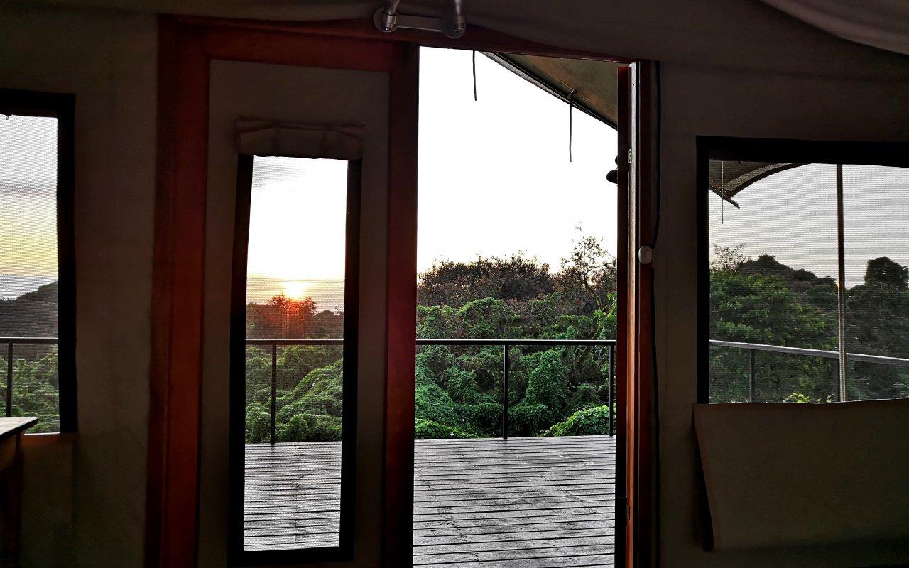 sunrise-glamping-galapagos